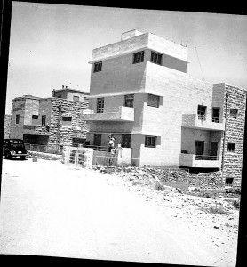רחביה – צילום – דר הנס לוירר 1936 – סריקת תשלילים יהונתן לוירר 2007. מתוך אתר פיקיוויקי
