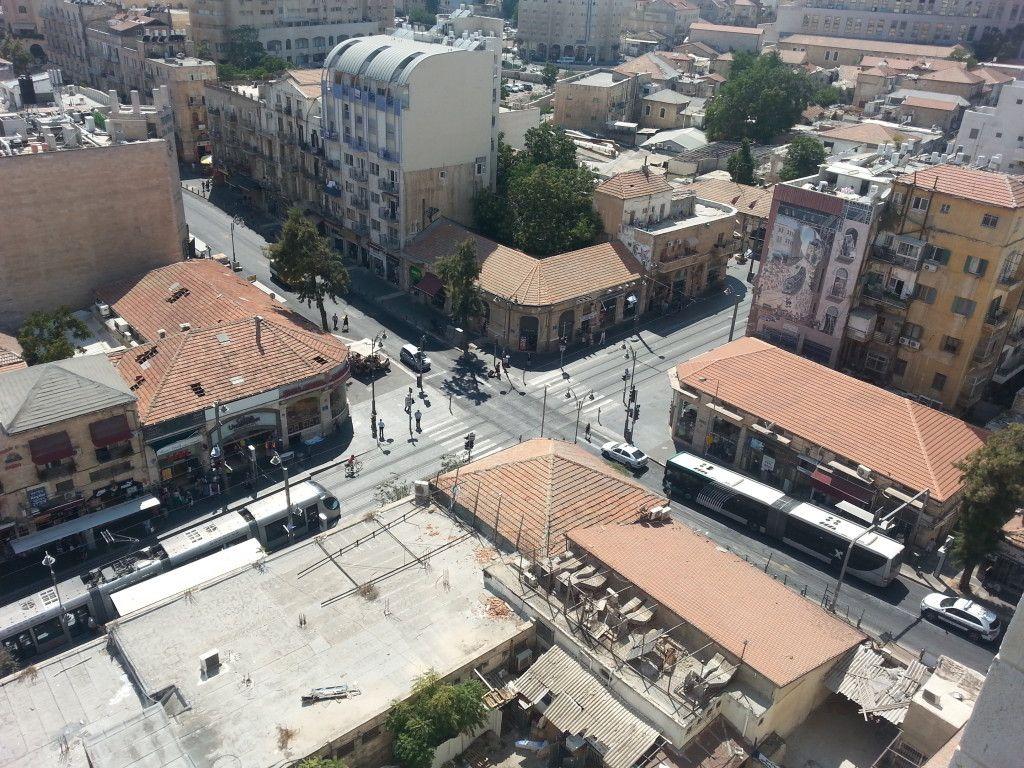 צומת יפו שטראוס. צילום ממרומי המגדל ברחוב שטראוס 4