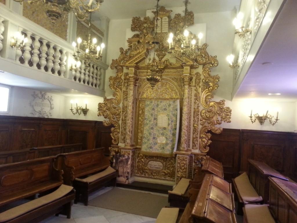 תמונה בית הכנסת האיטלקי