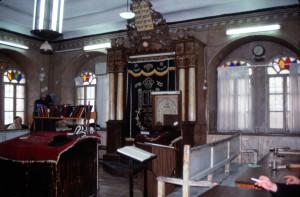 בית הכנסת החסידי בבתי ורשה