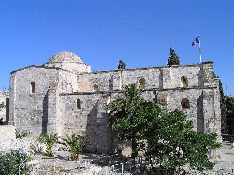 כנסית סנט אנה שנבנתה במאה ה - 12 בסגנון הרומנסקי